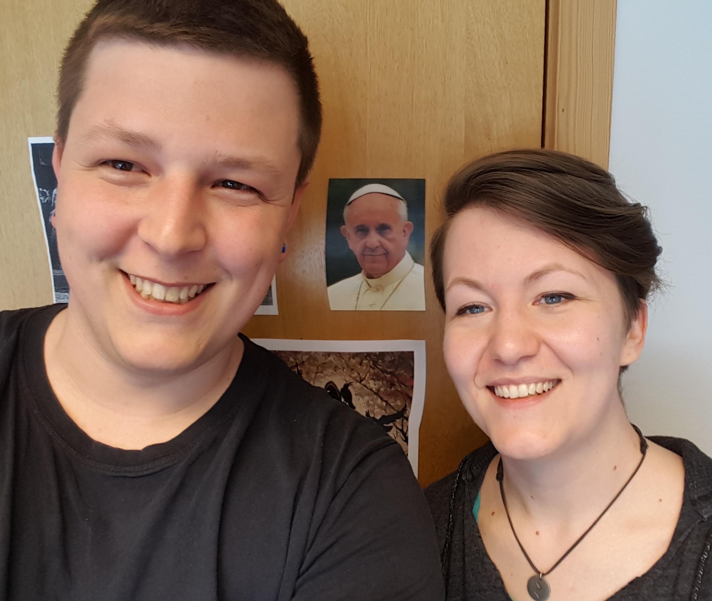 LL-26: Paven, pilegrimer og den katolske kirken